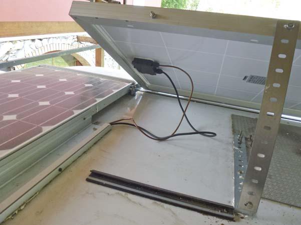 Schema Elettrico Regolatore Di Carica Per Pannelli Solari : Installare impianto fotovoltaico sul camper