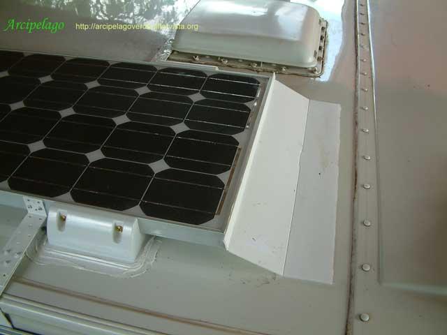 Pannello Solare Kit Camper : Pannello solare camper usato terminali antivento per